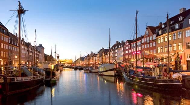 canal-tours-copenhagen